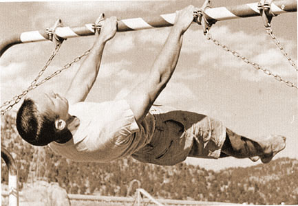 john_gill_front_lever_1962