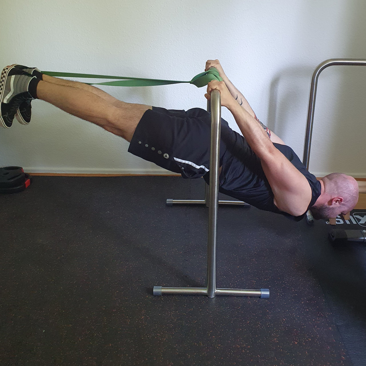 assisted_back_lever