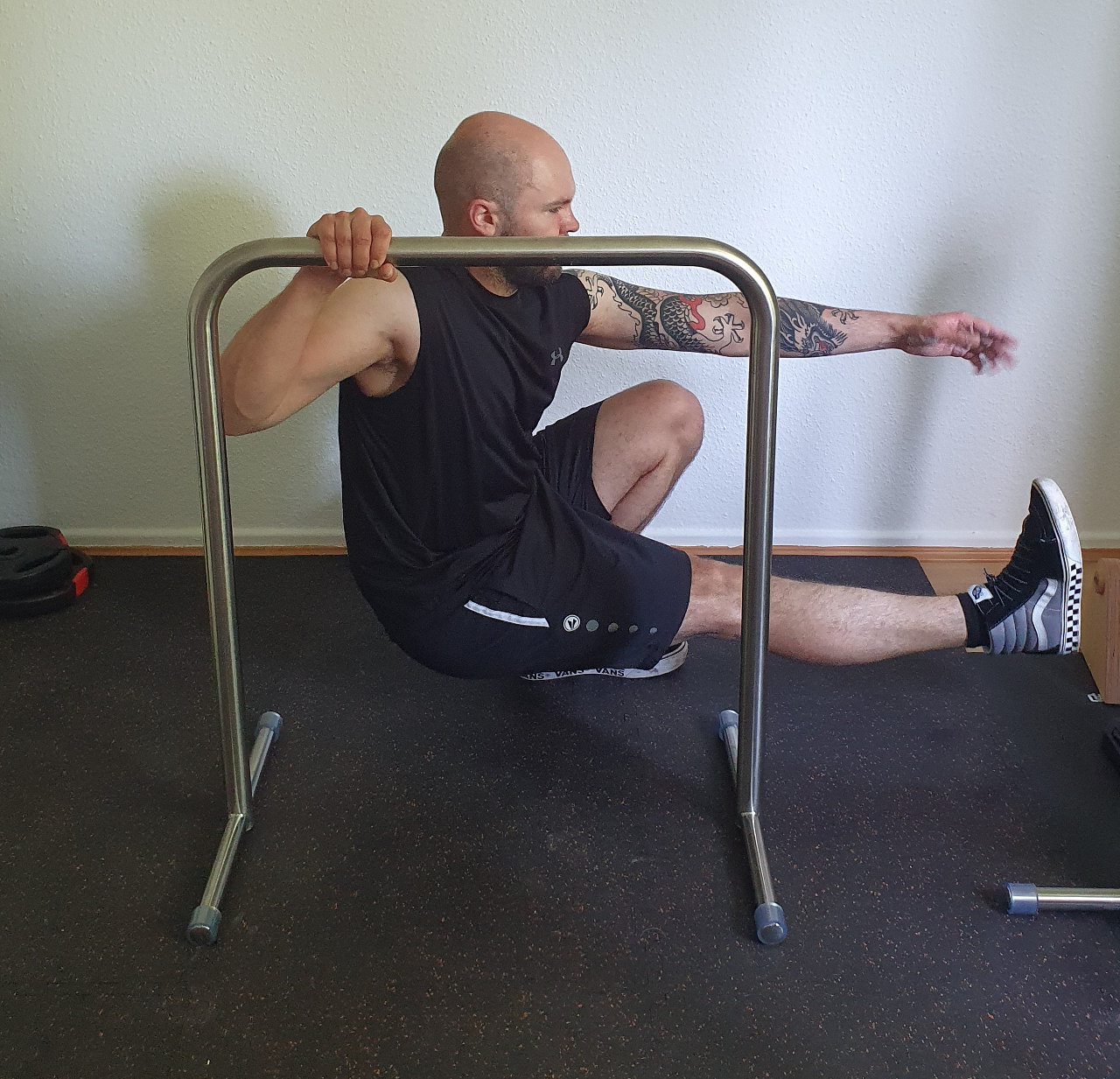 assisted_pistol_squats